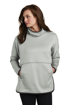 The North Face® Ladies Canyon Flats Stretch Poncho. NF0A3SEF